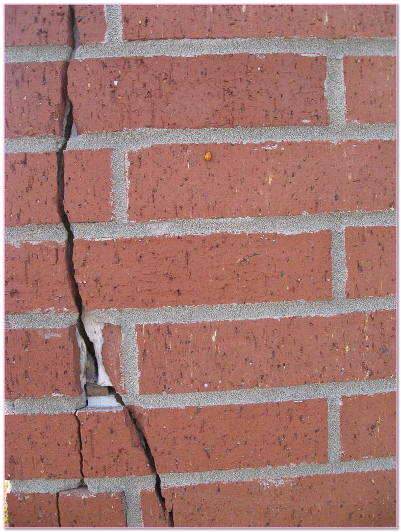 Causes Of  In . Thermal Expansion Cracks Brick. Moisture Clay Brick Brick Wall Brick Veneer