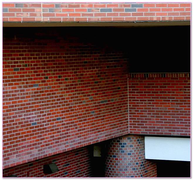 Column In Wall Masonry Steel.