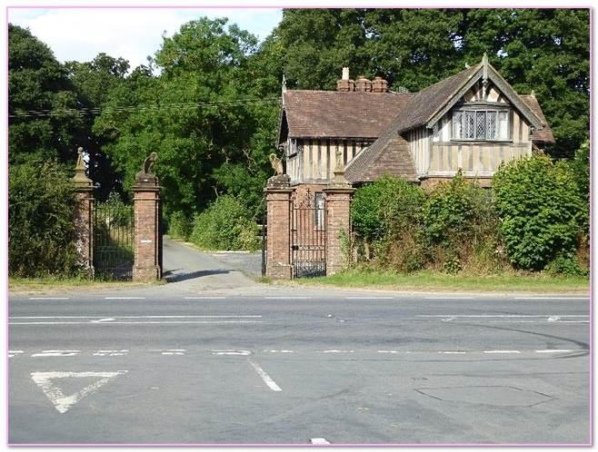 Hanley Mack Brick Company. Walls Moisture