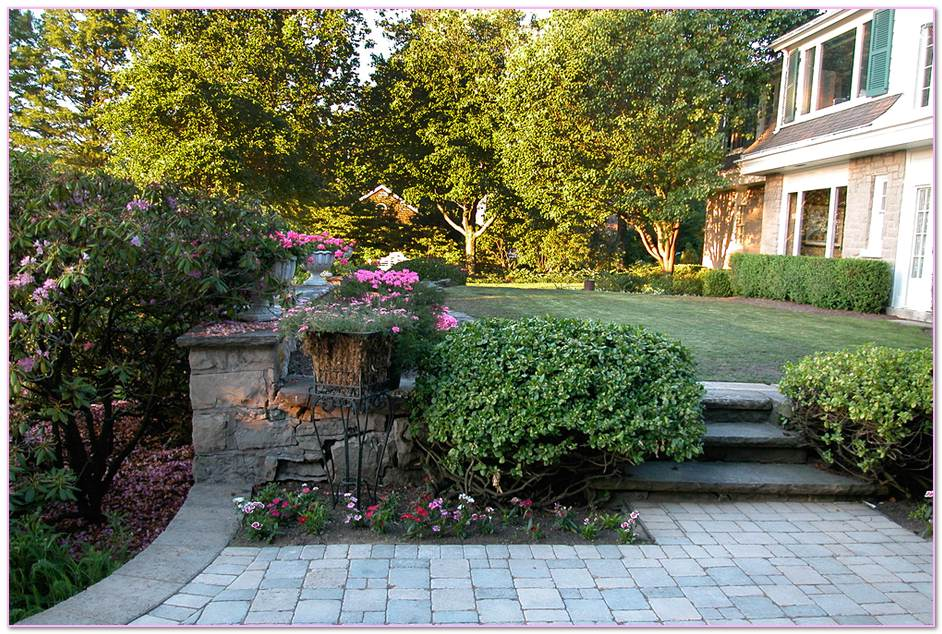 Long  Landscaping Inc Stonebridge Landscape Masonry Island. Property Landscape Cutting