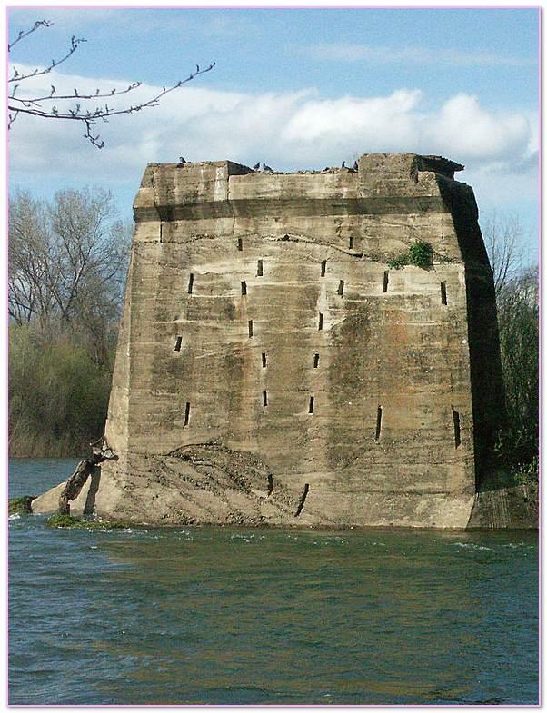 Pier Traduccion. Retaining Walls